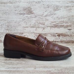 🔵8 Wide Nine West Brown Leather Loafer